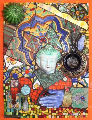 central-buddha-urn-incense-altar_4078999053_o